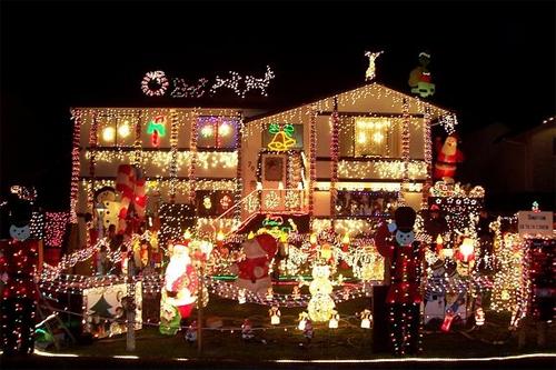 Fotos Casas Decoradas Navidad.Tarjetas Navidenas Animadas Para Compartir Casas Decoradas