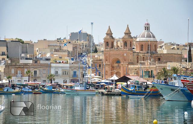 Panorama wioski rybackiej Marsaxlokk na Malcie
