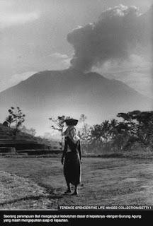 Gunung Agung Meletus  Tahun 1963