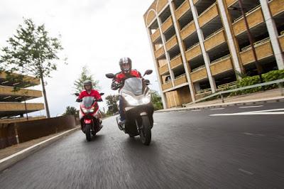Harga Yamaha N Max vs Honda PCX