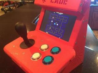 Máy điện tử cầm tay nhỏ xinh đến từ cộng đồng DIY