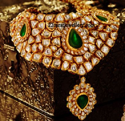 Tanishq Kundan Bridal Neckalce Set - Jewellery Designs