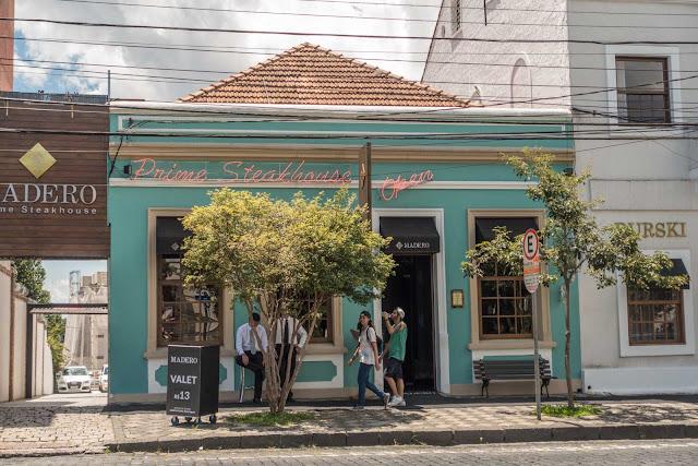 Casa na Av. Jaime Reis, 262 primeiro restaurante da rede Madero
