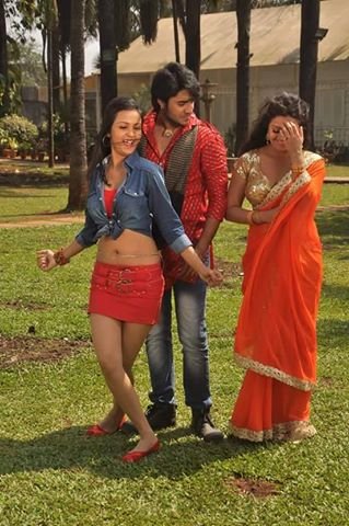 Mohini ghosh with co stars