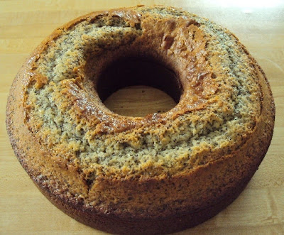 Poppyseed cake that is moist & delicious!