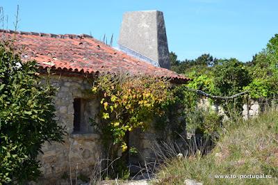 кому доверить присматривать за домом в Португалии