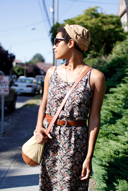 seattle street style fashion it's my darlin' Summer Robinson floral dress head wrap
