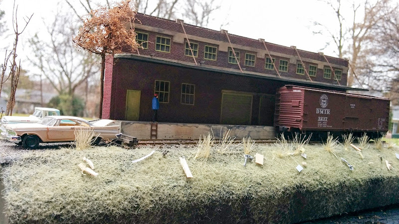 Freight house diorama | Model Railroad Hobbyist magazine on railroad engine house, railroad freight yards, railroad freight cart, railroad freight sidings, railroad weigh scale house, railroad container house,