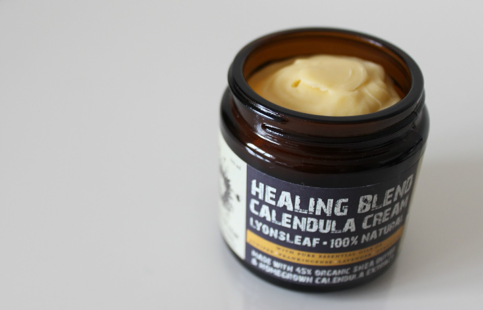 A picture of the Lyonsleaf Healing Blend Calendula Cream