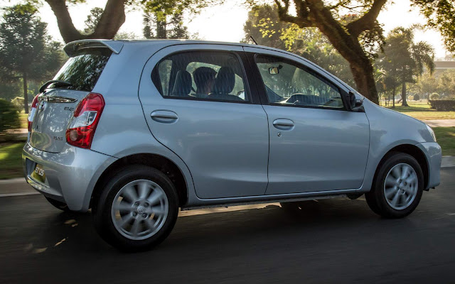 Novo Toyota Etios 2017 Automático - PCD