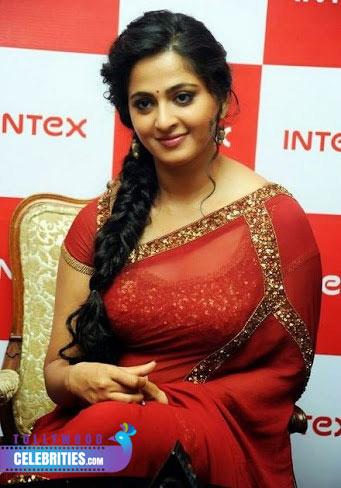 Anushka Shetty Hot Wallpaers