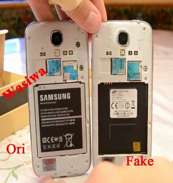 Cara Membedakan Samsung Galaxy S4 Palsu  Super Copy Dengan Asli  Original  f953185fd9