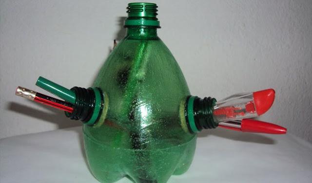 kerajinan dari barang bekas botol aqua
