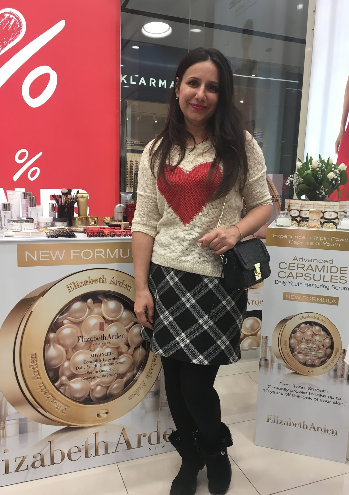 Advanced Ceramide Capsules by Elizabeth Arden