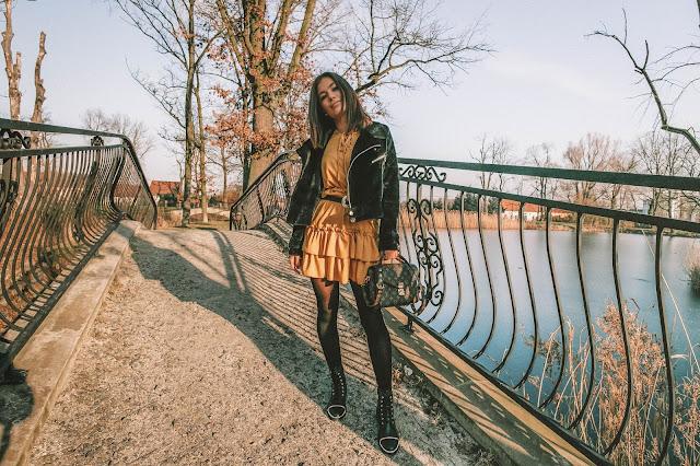 Musztardowa sukienka w codziennej stylizacji  - Czytaj więcej