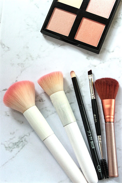 5 Essential Makeup Brushes for Your Budget