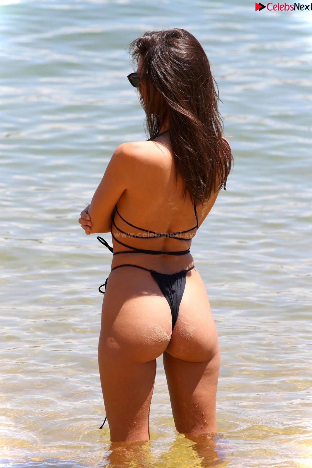 Emily Ratajkowski in Black Thong Bikini Beautiful Ass hot pussy celebritybooty.co Exclusive
