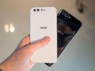 Ấn tượng khi được cầm trên tay ZenFone 4 cao cấp - 203330