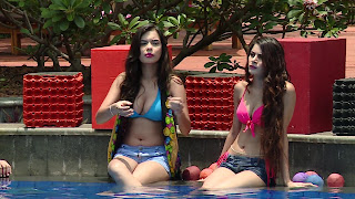11 Splitsvilla 9 Girls bikini Boobs.jpg