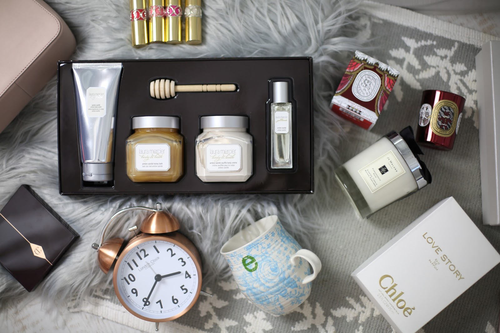 Emtalks: TOP CHRISTMAS GIFTS FOR HER! WOMENS CHRISTMAS GIFT GUIDE!