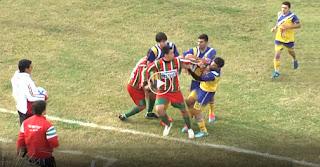 Νεκρός Ποδοσφαιριστής από Γροθιά Αντιπάλου.