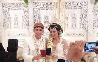 Niken-Anjani-Menikah