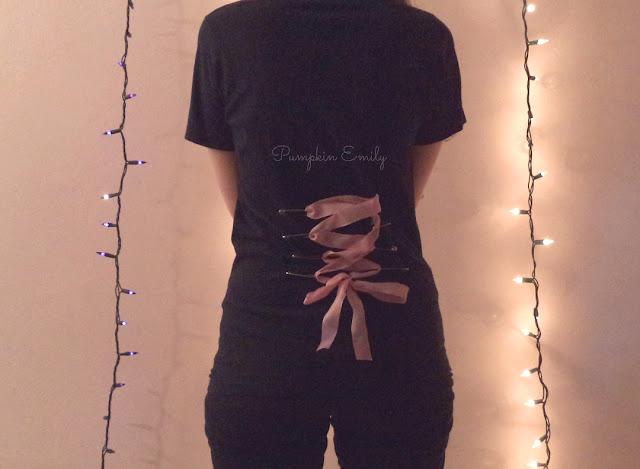 DIY T-shirt Corset