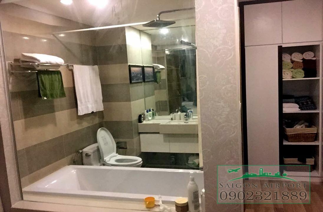 căn hộ Saigon Airport Plaza quận Bình Tân cho thuê giá rẻ - phòng vệ sinh