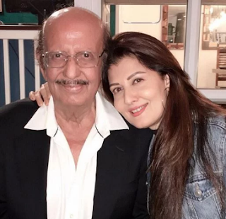 Sangeeta Bijlani With Father