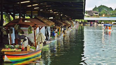 floatingmarketlembang