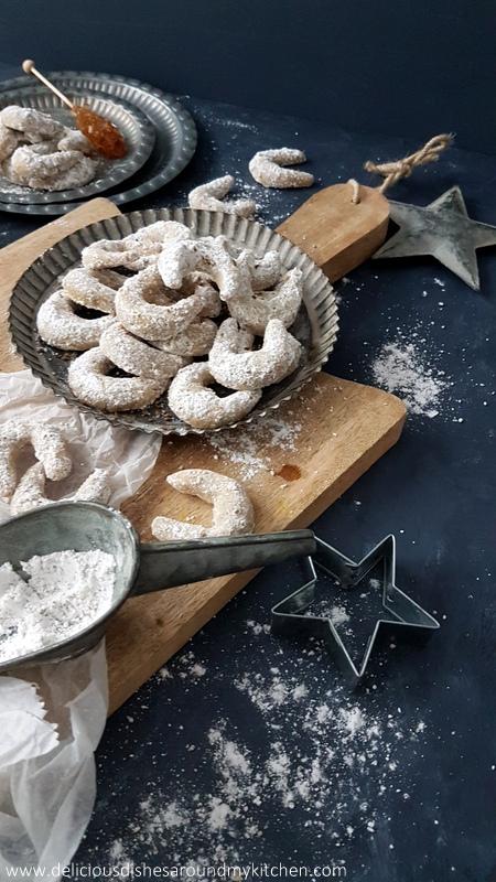 Honig-Walnuss-Kipferl mit Anis für den Sugarprincess Christmas Cookie Club 2017