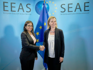 Federica Mogherini con la Ministra de Asuntos Exteriores de Venezuela