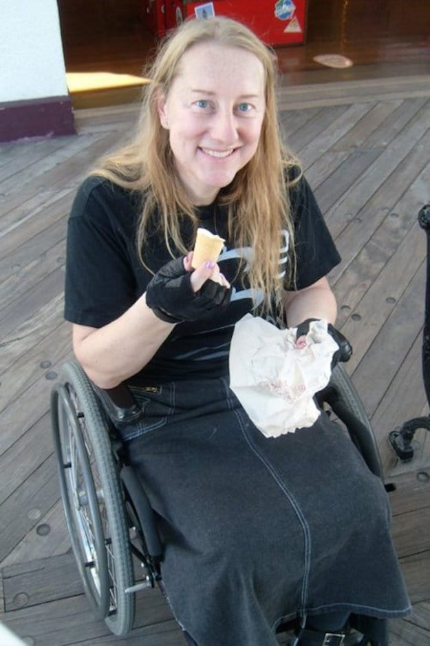 this woman wants to be paralyzed permanently