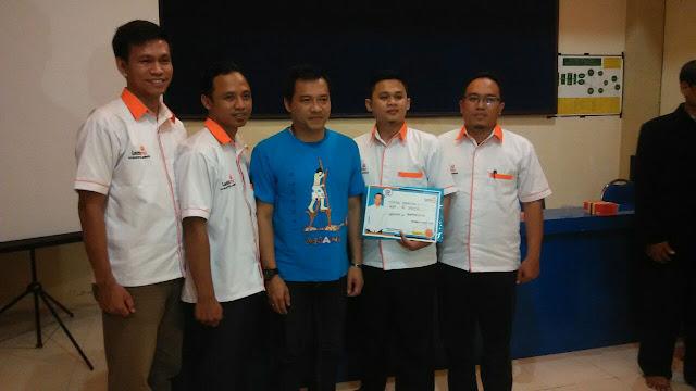 Team Lazismu Jember bersama Anang Hermansyah