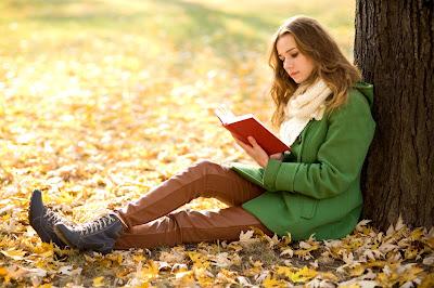 Cara Mengetahui Sifat Asli Wanita Dari Buku Yang Dia Baca