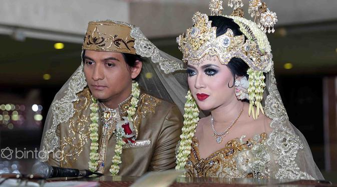 Lucky Hakim dan Tiara Dewi Cerai