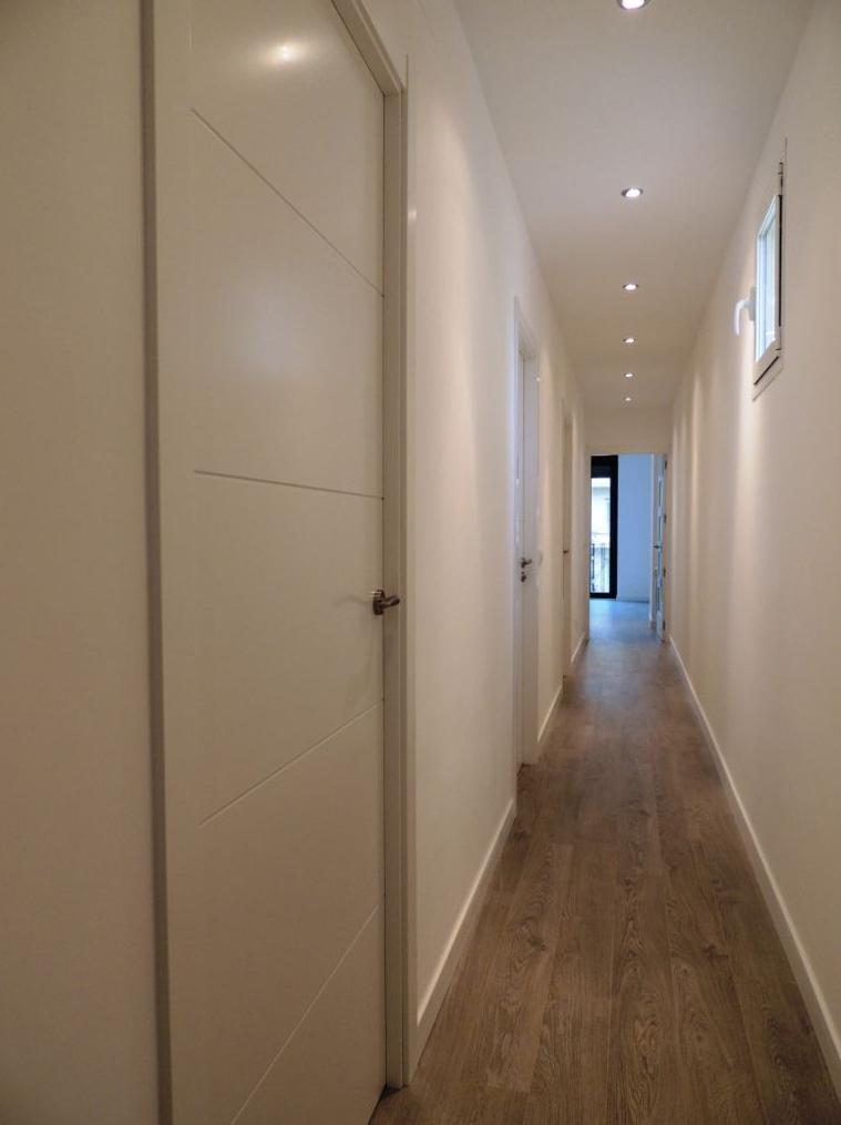 Puertas lozano venta e instalacion puertas lacadas for Puerta 8500 proma