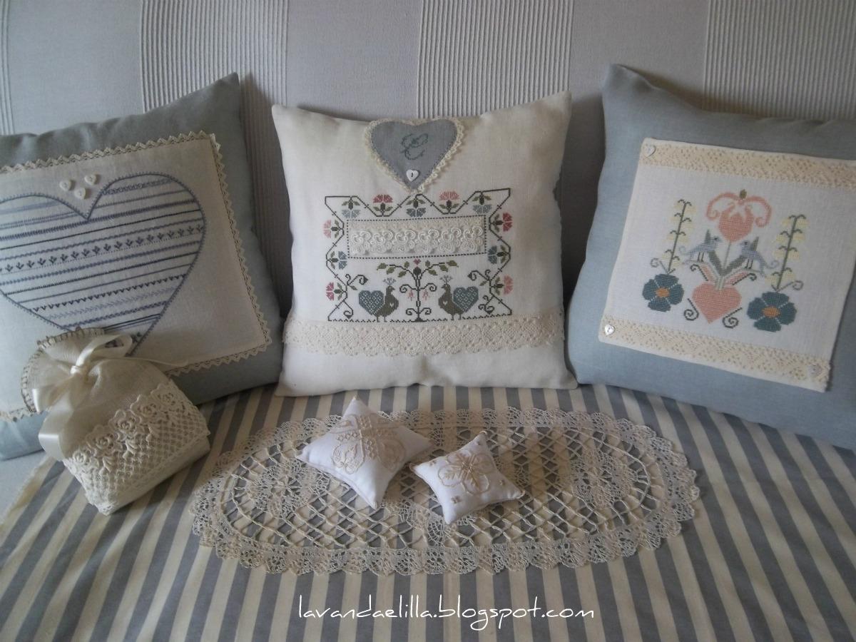 Lavanda e lill nuovo cuscino per il divano for Cuscino per cani fai da te