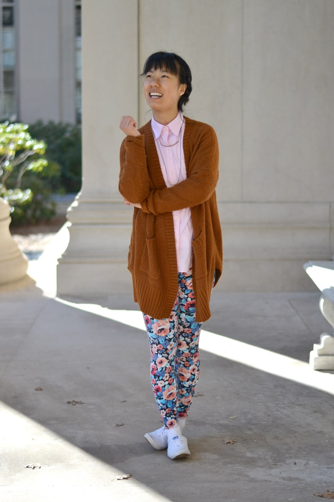 college style, spring outfit, floral leggings