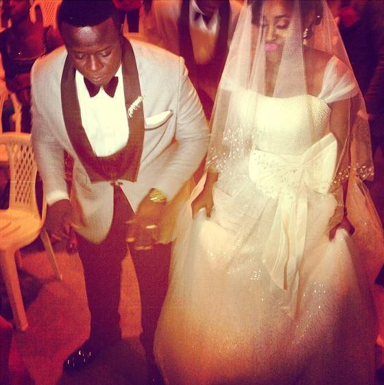 comedian elenu white wedding photos