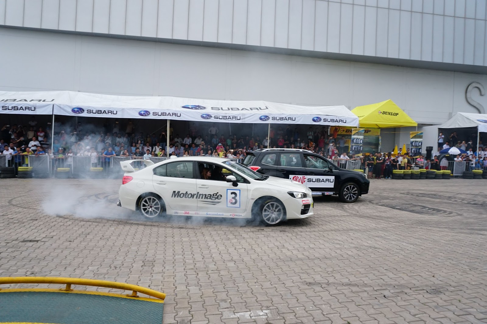Subaru đã mang một bữa tiệc phá xe đến VIMS 2016