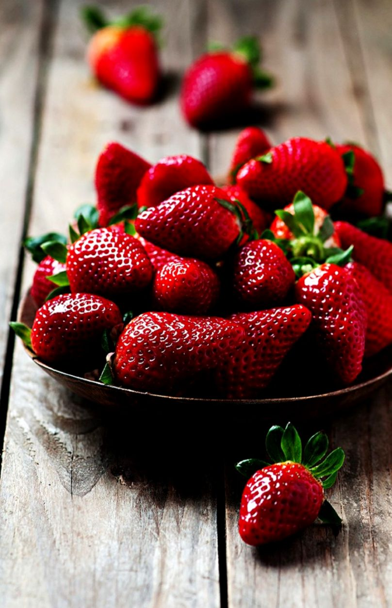 Strawberry Wallpapers For Mobile Best Image Background