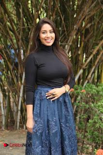 Actress Nivetha Pethuraj Stills at Oru Naal Koothu Press Meet  0008.jpg