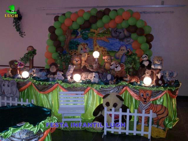 Mesa de tema tradicional luxo de tecido - pano - Decoração mesa de aniversário Floresta Baby para festa infantil feminina