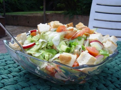 Fattoush – Toasted Bread Salad Recipe