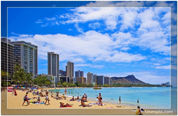 Honolulu - 10 Stunningly Beautiful Best Places to Travel in the USA