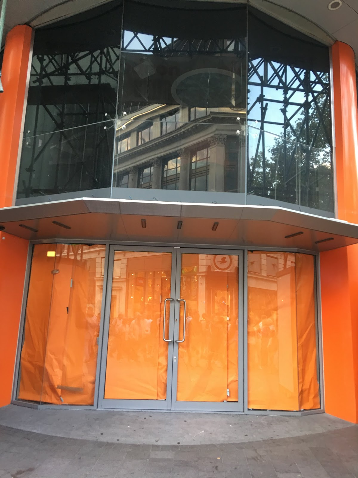 Nickelodeon Leicester Square : nickelodeon, leicester, square, NickALive!:, Nickelodeon, Store, London, Closes