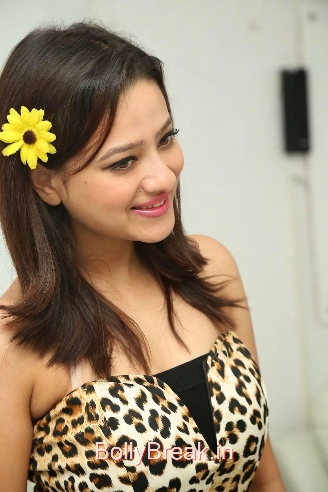 Madalasa Sarma Photos, Hot HD Images of Madalasa Sharma from Ramleela Movie Interview
