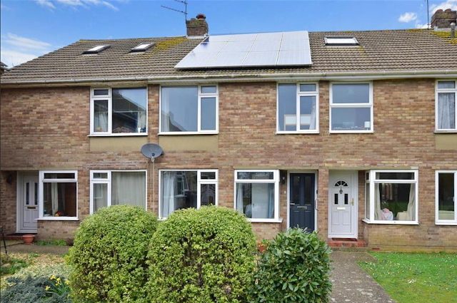 3 bed house, The Peacheries, Chichester