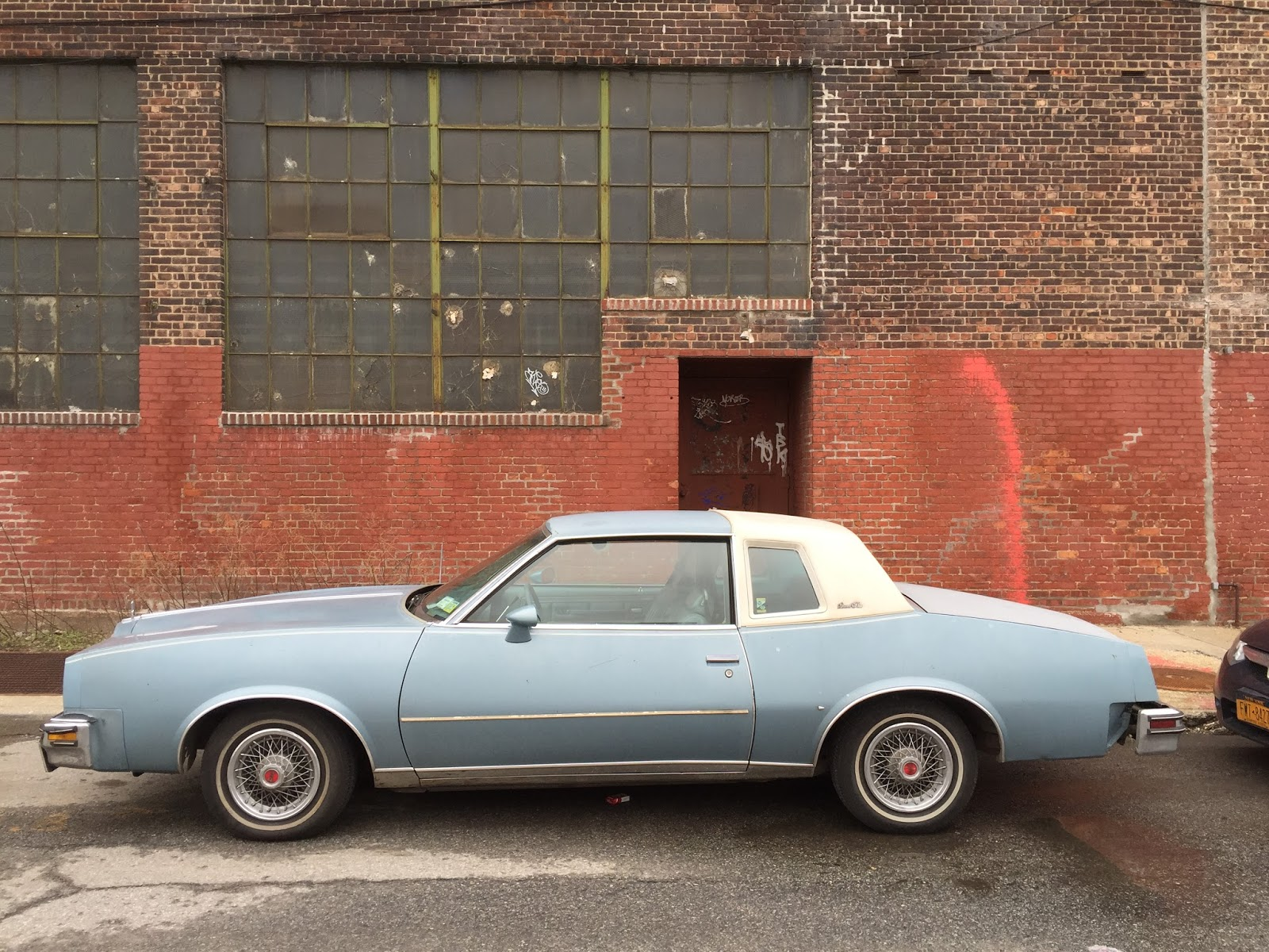 NYC Hoopties - Whips Rides Buckets Junkers and Clunkers: The ...